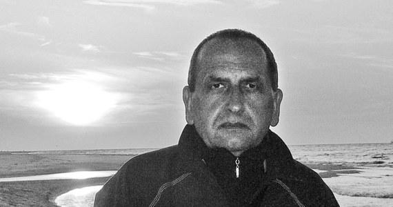 Stanisław Smółka - jeden z założycieli i współtwórców RMF FM - nie żyje. Od dłuższego czasu walczył z ciężką chorobą. Przegrał tę nierówną walkę. Zmarł w niedzielę nad ranem w szpitalu. Dzisiaj w Niepołomicach odbył się pogrzeb.