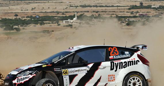 Michał Kościuszko i Maciek Szczepaniak, reprezentujący zespół Dynamic World Rally Team, już w najbliższy czwartek, wystartują w Rajdzie Jordanii samochodem Ford Fiesta S2000. Jest to drugi tegoroczny start załogi w Rajdowych Mistrzostwach Świata