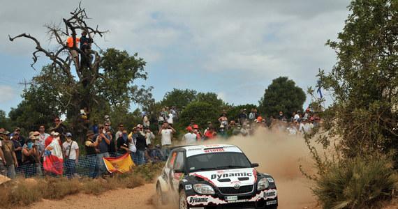 Francuz Sebastien Ogier prowadzi po drugim etapie Rajdu Portugalii - szóstej eliminacji mistrzostw świata. Na drugiej pozycji jest sześciokrotny mistrz świata Francuz Sebastien Loeb (obaj Citroen C4). Michał Kościuszko jest trzeci w kategorii S-WRC.