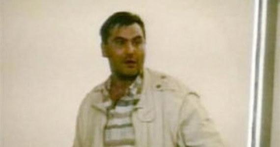 Użycie paralizatora wobec Roberta Dziekańskiego na lotnisku w Vancouver przez kanadyjską policję było nieusprawiedliwione - uznał autor opublikowanego w piątek raportu Thomas Braidwood. Emerytowany sędzia oświadczył, że choć nigdy nie poznamy z całkowitą pewnością dokładnej przyczyny śmierci Polaka, który zmarł na zawał serce 25 sekund po interwencji policjantów, to działania funkcjonariuszy znacząco się do tego przyczyniły.