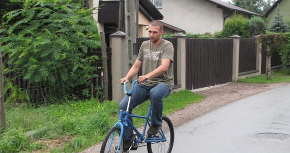 Ostatnie 164 kilometrów pokonają dziś kolarze ścigający się w 67. wyścigu Tour de Pologne. Start w Nowym Targu, meta w Krakowie. W peletonie zauważycie wielu świetnych zawodników na rowerach będących najwyższym osiągnięciem techniki. Reporter RMF FM Maciej Grzyb odnalazł jednak rower, który byłby zaskoczeniem nawet dla najlepszych kolarzy.