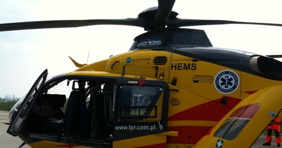 Lotnicze Pogotowie Ratunkowe wymieniło flotę śmigłowców. Ratownicy dysponują od dziś 23 niemieckimi maszynami, które mogą latać nocą. Wciąż jednak przy szpitalach brakuje lądowisk. Minister zdrowia Ewa Kopacz zapewnia, że chce, by wszystkie powstały do 2015 roku.