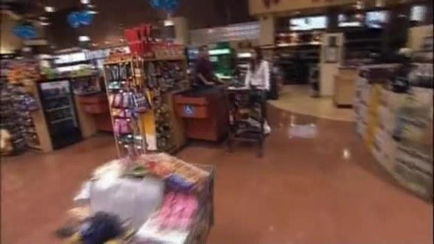 W drugim odcinku show Kendrę odwiedza jej najlepsza przyjaciółka, Brittany. Dziewczyny udają się na zakupy. Będzie się działo! ZOBACZ WIĘCEJ NA: