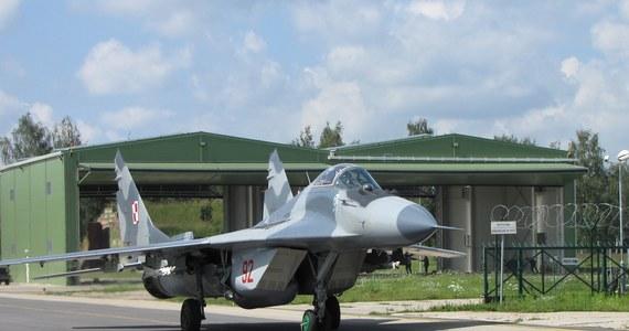 """100 żołnierzy i cztery myśliwce MiG 29 - to """"Orlik"""" - nasz najbliższy Polski zagraniczny wojskowy kontyngent. Do sierpnia w ramach NATO polscy lotnicy chronią przestrzeń powietrzną Litwy, Łotwy i Estonii. Stacjonują w litewskich Szawlach."""