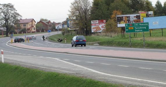 Gdańsk ma od dziś nową, ważną drogę. Na razie kierowcy zyskują niewiele, ale fragment Trasy Sucharskiego w pobliżu portu to klucz do komunikacyjnej rewolucji, która jeszcze w tym roku czeka mieszkańców Trójmiasta.