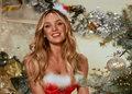 Seksownie fałszujące świąteczne Aniołki