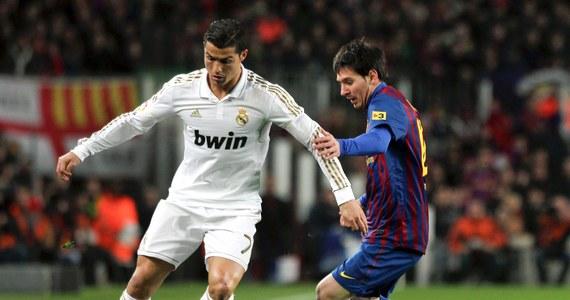 """Po czterech piłkarzy wprowadziły zespoły Barcelony i Realu Madryt do drużyny roku 2012, wytypowanej przez redakcję największej francuskiej gazety sportowej """"L'Equipe"""". W jedenastce nie mogło zabraknąć Leo Messiego i Cristiano Ronaldo. Jak wyjaśnił dziennik, wyróżniono ich za to, że """"są najlepsi na świecie""""."""