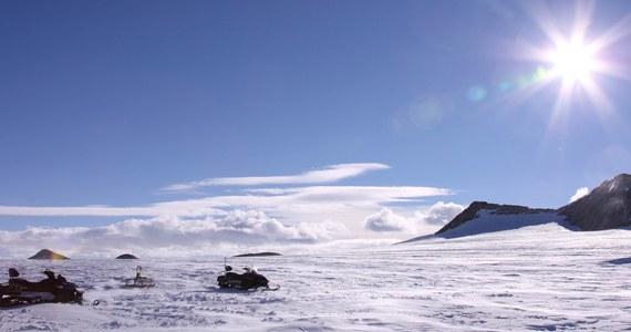 Niepowodzeniem zakończyła się próba dotarcia do podlodowego jeziora na Antarktydzie. Brytyjscy polarnicy zamierzali przewiercić 3-kilometrową taflę lodu, ale utknęli już po kilkuset metrach.