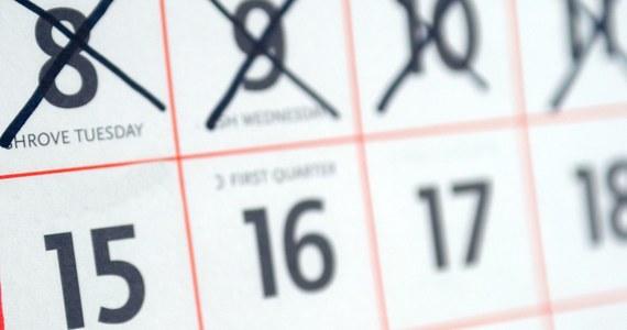 Aż 114 wolnych dni będziemy mieli w przyszłym roku. To jednak nie wszystko. Przy odpowiednim przedłużeniu niektórych przerw świątecznych i weekendów możemy odpoczywać jeszcze dłużej. Zobaczcie, kiedy nie będziecie musieli iść do pracy.