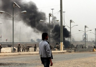 Przebrani za policjantów zaatakowali kwaterę główną policji. Wielu zabitych