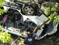 USA: Samochód spadł z 30-metrowej estakady