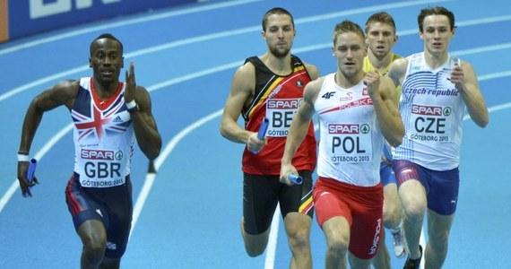Decyzja komisji odwoławczej jest już ostateczna. Polska sztafeta 4x400 m, która początkowo była trzecia, a potem przesunięta na drugie miejsce w halowych mistrzostwach Europy w lekkiej atletyce, została zdyskwalifikowana.