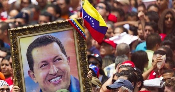 Ciało zmarłego w ubiegłym tygodniu prezydenta Wenezueli Hugo Chaveza raczej nie zostanie zabalsamowane. Pojawiły się poważne trudności - poinformował tymczasowy prezydent Nicolas Maduro.