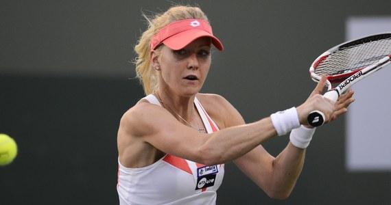 Urszula Radwańska pokonała Niemkę Annikę Beck 6:3, 6:1 w pierwszej rundzie tenisowego turnieju WTA Tour na twardych kortach w Miami. Kolejną rywalką Polki będzie rozstawiona z numerem 12. Serbka Ana Ivanovic.