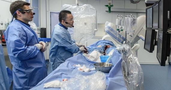 Wielki skandal we francuskiej służbie zdrowia. Lekarze przez pomyłkę zoperowali pacjenta, który nie wymagał zabiegu, a ciężko chorego człowieka odesłali do domu i... nie wiedzą, jak go odnaleźć.