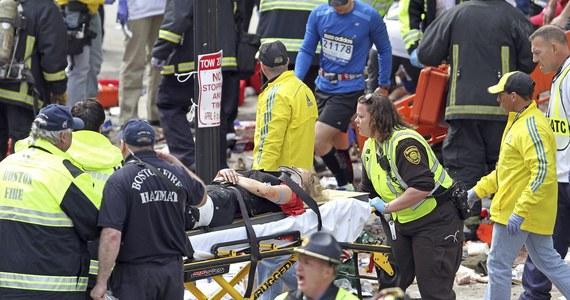Amerykanie przywykli już, że są bezpieczni i niemal uznali, że groźba ataku terrorystycznego należy do przeszłości - przyznaje amerykańska prasa w komentarzach po ataku w Bostonie. Gazety podkreślają, że sprawcami mogą być terroryści zarówno z kraju, jak i spoza USA.