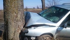 Zatrzymani pijani kierowcy. Jeden połknął kluczyk od auta, kolejny rozbił samochód znajomego