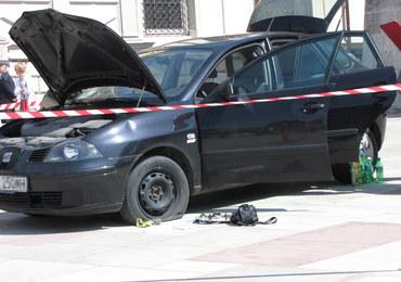 Atak na Wawelu. Policja zatrzymała szaleńca z siekierą