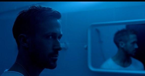 """Nowy thriller z Ryanem Goslingiem """"Tylko Bóg wybacza"""" zszokował wielu widzów na Festiwalu Filmowym w Cannes. Nowy obraz w reżyserii duńskiego reżysera Nicolasa Windinga Refna opowiada historię porucznika bangkokijskiej policji oraz gangstera. Obaj mierzą się na ringu tajskiego boksu."""