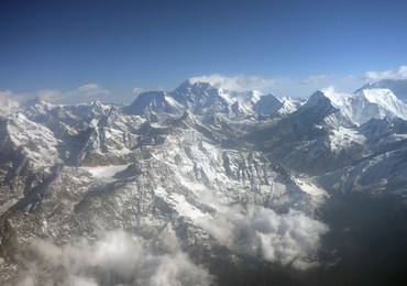 W swoją podróż poślubną wspiął się na Everest. Dla dzieci