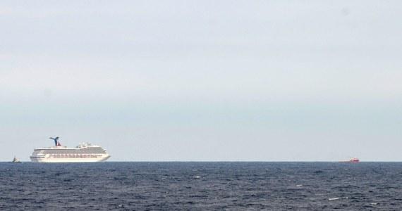 """Do pożaru doszło na pokładzie luksusowego wycieczkowca """"Grandeur of the Seas"""", który odbywał rejs z Baltimore na Wyspy Bahama. Nikomu nic się nie stało. Kapitan został jednak zmuszony do przerwania rejsu."""