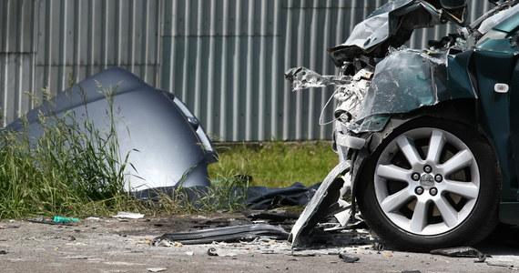 Od początku długiego weekendu na drogach doszło do 188 wypadków, w których zginęły 22 osoby, a 238 zostało rannych - poinformował Krzysztof Hajdas z Komendy Głównej Policji. Funkcjonariusze zatrzymali 797 nietrzeźwych kierujących.