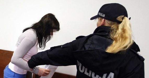 Sąd w Bielsku-Białej skazał na 8 lat więzienia 22-latkę, która będąc pod wpływem narkotyków potrąciła dwóch 10-letnich chłopców. Obaj zmarli. Karolina Z. już nigdy nie będzie prowadziła samochodu.