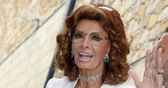 """Najsłynniejsza włoska aktorka wróciła na plan filmowy. Prawie 79-letnia Sophia Loren gra w filmie reżyserowanym przez jej syna, Edoardo Pontiego. To ekranizacja monodramu Jeana Cocteau """"Głos ludzki"""", przedstawiającego historię porzuconej kobiety."""