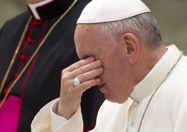 Papież: Boli mnie widok księdza w najnowszym modelu samochodu