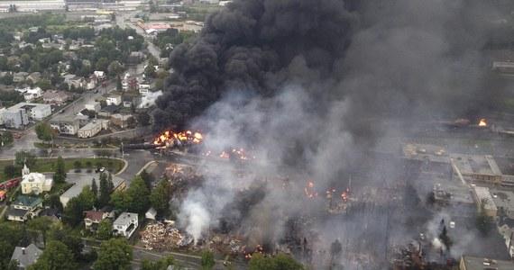5 osób zginęło, a 40 uznaje się za zaginione - to bilans sobotniego wybuchu cystern kolejowych w kanadyjskim mieście Lac-Megantic w Quebecu. Potężna eksplozja zniszczyła dziesiątki budynków.