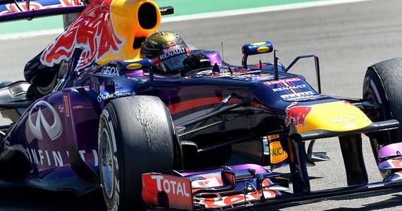 Sebastian Vettel z teamu Red Bull wygrał na torze Nuerburgring wyścig o Grand Prix Niemiec, dziewiątą rundę mistrzostw świata w tegorocznym sezonie. To pierwsze zwycięstwo trzykrotnego mistrza globu na swoim torze, a trzydzieste w karierze. Drugie miejsce, po pasjonującej walce, zajął Fin Kimi Raikkonen z zespołu Lotus, w trzecie Francuz Romain Grosjean z tego samego teamu. Vettel umocnił się na pozycji lidera mistrzostw świata.