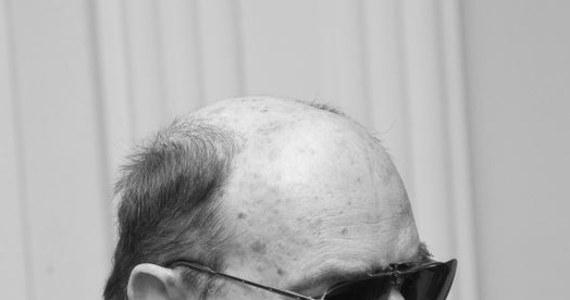 Prochy Sławomira Mrożka zostaną złożone w Panteonie Narodowym w podziemiach kościoła św. Piotra i Pawła w Krakowie. Pogrzeb pisarza, który odbędzie się we wrześniu, będzie miał charakter religijny.