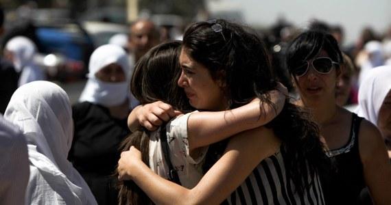 """Przewodniczący syryjskiej opozycji wezwał do pilnego zwołania posiedzenia Rady Bezpieczeństwa ONZ w sprawie """"masakry"""" przeprowadzonej przez armię w regionie Damaszku. Według opozycji użyto tam gazu bojowego."""