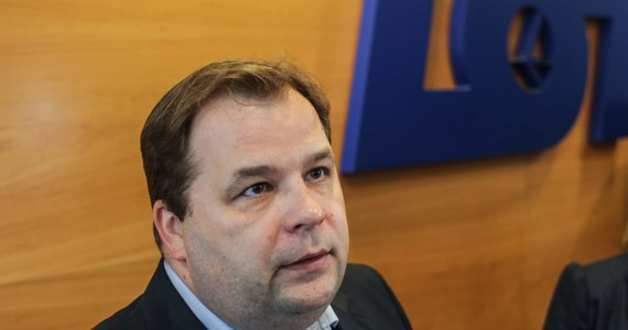 Państwowe spółki muszą się dołożyć do ratowania Polskich Linii Lotniczych LOT. Z takim nietypowym apelem prezes naszego narodowego przewoźnika Sebastian Mikosz wystąpił na Forum Ekonomicznym w Krynicy.