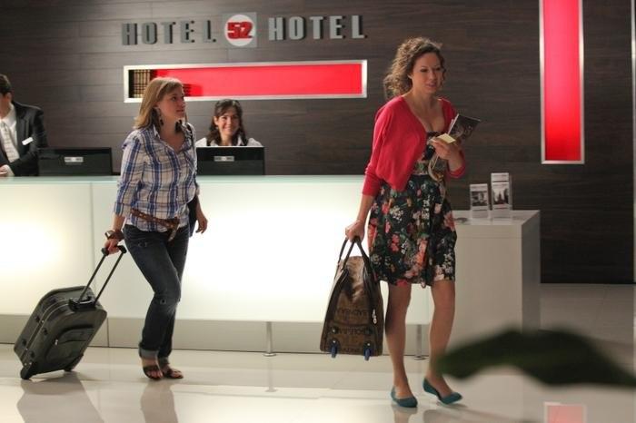 Zobacz trailer: Hotel 52