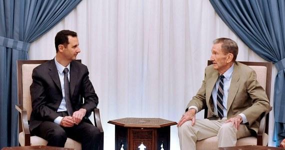 Prezydent Syrii Baszar el-Asad w wywiadzie nadanym przez amerykańską telewizję Fox News przyznał, że Syria ma broń chemiczną i chce ją zniszczyć. Oświadczył też, że dostosuje się do wymogów międzynarodowego porozumienia ws. syryjskiego arsenału chemicznego.