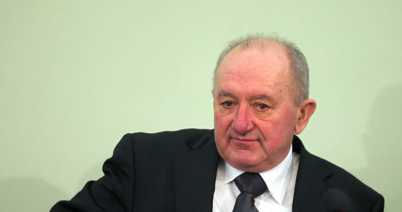 Ojciec uprowadzonego, a następnie zamordowanego Krzysztofa Olewnika będzie domagał się przed Sądem Okręgowym w Radomiu ponad 1,3 mln zł odszkodowania od mazowieckiej policji. Sprawa z powództwa Włodzimierza Olewnika przeciwko Komendzie Wojewódzkiej Policji w Radomiu wpłynęła do sądu. Nie wyznaczono jeszcze terminu pierwszej rozprawy.