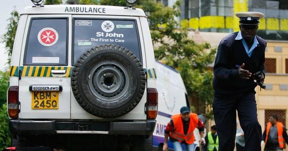 Minister spraw wewnętrznych Kenii Joseph Ole Lenku oświadczył, że z oblężonego centrum handlowego Westgate w Nairobi ewakuowano prawie wszystkich zakładników; liczbę zakładników pozostających w budynku określił jako bardzo niewielką.