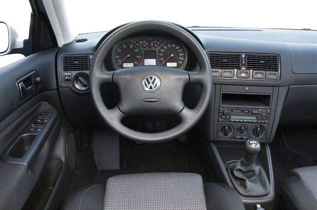 Używany Volkswagen Golf Iv 1997 2005 Mobilna Interia W