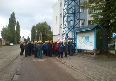 Protest w Stoczni Gdańsk. Pracownicy chcą wypłaty pensji