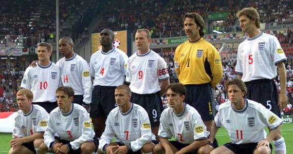 """Były piłkarz reprezentacji Anglii Sol Campbell powiedział w wywiadzie dla dziennika """"The Guardian"""", że planuje w przyszłości zostać trenerem, ale ma na to małe szanse w Anglii. """"W tym kraju panuje archaiczne podejście do ciemnoskórych"""" - zaznaczył."""