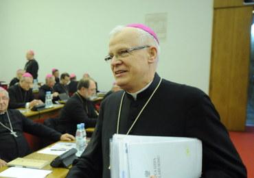 Czy to jest żart, księże arcybiskupie?