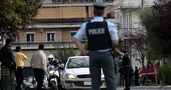 Grecka policja zatrzymała dwóch mężczyzn próbujących sprzedać rzeźbę sprzed ponad 7 tysięcy lat. Handlarze antyków chcieli ją sprzedać za 3,5 miliona euro.