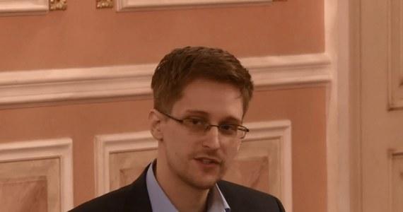 Demaskatorski portal Wikileaks przedstawił w nocy z piątku na sobotę pierwsze nagranie wideo Edwarda Snowdena z Moskwy. Snowden otrzymał azyl w Rosji po przekazaniu mediom informacje o inwigilacji prowadzonej przez Agencję Bezpieczeństwa Narodowego (NSA).