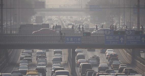 Zanieczyszczenie powietrza w chińskich miastach jest tak wielkie, że uniemożliwia działanie sieci ok. 20 mln kamer przemysłowych używanych przez władze kraju do monitoringu. Eksperci ostrzegają przed możliwymi atakami terrorystycznymi.