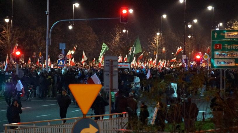 Policja zrobiła, co mogła - zawiedli organizatorzy, Organizatorzy spisali się dobrze - to policja nie poradziła sobie z chuliganami, Zawiodła zarówno policja, jak i organizatorzy, Zawiodły władze Warszawy, bo zaakceptowały trasę marszu w pobliżu ambasady Rosji, Zabezpieczenie marszu było dobre