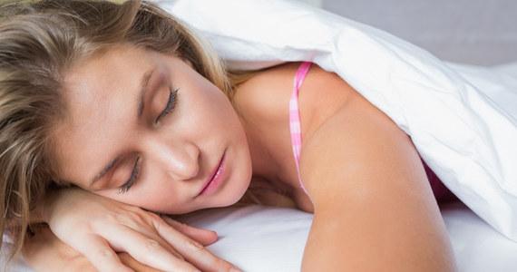 W jakie pozycji należy spać? - Porady w sunela.eu