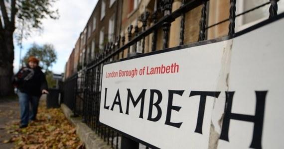 """Trzy kobiety, przetrzymywane przez 30 lat jako niewolnice w domu w Londynie, były bite przez swych nadzorców - poinformowała brytyjska policja. """"To czym się zajmujemy, to skomplikowany i niepokojący obraz kontroli emocjonalnej, sprawowanej przez wiele lat"""" – mówił Steve Rodhouse z londyńskiej policji."""
