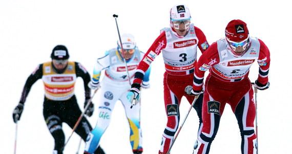 Mimo czwartego miejsca w Ruka Triple, zawodach Pucharu Świata w biegach narciarskich, Justyna Kowalczyk jest zadowolona ze swojego biegu. W fińskim Kuusamo wygrała Norweżka Marit Bjoergen, przed Szwedką Charlotte Kallą oraz swoją rodaczką Therese Johaug. Taka sama jest kolejność w klasyfikacji cyklu.