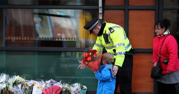 Do dziewięciu wzrosła liczba ofiar śmiertelnych katastrofy śmigłowca, który spadł w piątek na pub w Glasgow - podała szkocka policja. Ratownicy wydobyli z budynku kolejne ciało. Wciąż trwają przeszukiwania miejsca wypadku.
